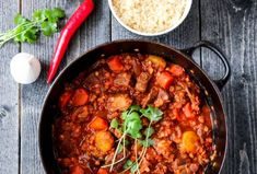 MIDDAG | TRINES MATBLOGG Curry, Cookies, Ethnic Recipes, Food, Spinach, Red Peppers, Biscuits, Meal, Essen