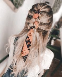 40s Hairstyles, Square Face Hairstyles, Braided Ponytail Hairstyles, Party Hairstyles, Scarf Hairstyles, American Hairstyles, Easy Hairstyle, Latina Hairstyles, Blonde Hairstyles