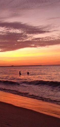 Aline Brito Pôr do Sol - Praia de Iracema  Fortaleza - CE