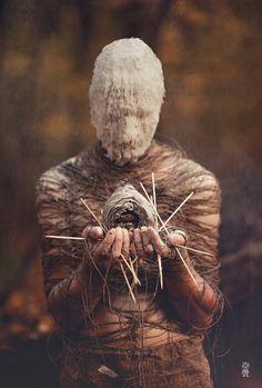 Art Photography by Tikhomirov Nikolay Creepy Photography, Dark Art Photography, Arte Horror, Horror Art, Weird Vintage, Creepy Photos, Dark Artwork, Creepy Art, Dark Fantasy Art