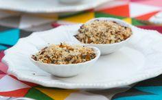 Casquinha de siri com farofa de quinoa - Bela Gil prepara o prato com manteiga de garrafa e leite de coco