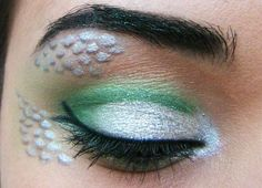 Slytherin inspired makeup... cool concept.. would change the liner
