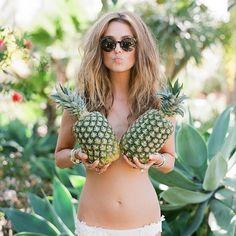 Bridal Pineapple Tropical ©MG-Events-Ile-de-Ré Shooting Photo Boudoir, Boudoir Photos, Boudoir Photography, Travel Photography, Beach Boudoir, Sexy, Poses, Girl Next Door, Summer Of Love