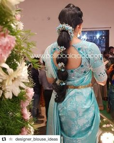 Beautiful South Indian Wedding Wear Idea :- AwesomeLifestyleFashion Different Culture have their own look and style and Kanjivaram and. Bridal Hairstyle Indian Wedding, Indian Wedding Wear, Bridal Hairdo, Indian Wedding Hairstyles, South Indian Bride Hairstyle, Wedding Saree Blouse Designs, Fancy Blouse Designs, Bridal Silk Saree, Saree Wedding