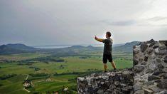 Index - Videó - A hegycsúcs, ahonnan a legszebb a Balaton Hungary, Mountains, Nature, Travel, Naturaleza, Trips, Viajes, Traveling, Outdoors