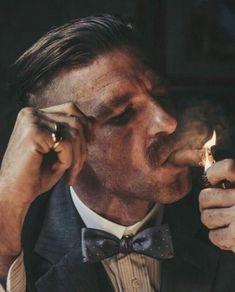 Paul Anderson as Arthur Shelby in Peaky Blinders Peaky Blinders Poster, Peaky Blinders Wallpaper, Cillian Murphy Peaky Blinders, Foto Portrait, Portrait Photography, Series Movies, Tv Series, Creation Art, Fan Art