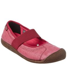 Spotted this KEEN Sienna Flat on Rue La La. Shop (quickly!).