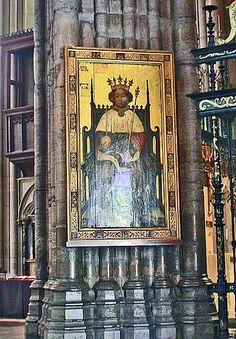 The first real-life portrait of an English King Richard II, facing the West door in Westminster Abbey in London.