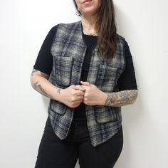 f0771f7d45 vtg USA Made LL BEAN Black Gray Plaid Wool Hunting Outdoors Zip Vest Womens  M