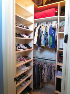 Genial Atlanta Closet U0026 Storage Solutions Small Walk In Closet Design Ideas,  Pictures, Remodel, And Decor | Bedroom U0026 Closet | Pinterest | Closet  Storage Solutions ...