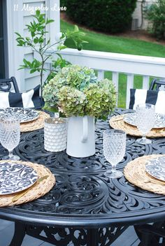 These unbreakable black and white plates from HomeGoods were a great find! They are perfect for outdoor entertaining, the colors won't fade and they can be mixed with all sorts of seasonal accents to carry you through summer into Fall.  You can't go wrong with black + white! Sponsored Pin.
