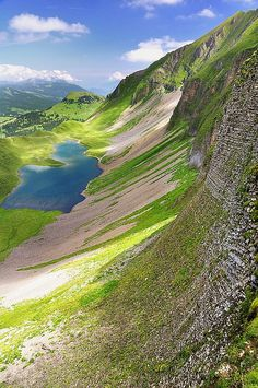 I can see myself walking through this valley one day. ✯ Sorenberg, Sweden