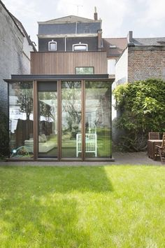 House Extensions, Flat Roof, House Goals, Villa, Interior And Exterior, Facade, Family Room, Cottage, Windows