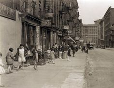 28th Street Looking east from Second Avenue, on April 4, 1931.  (Courtesy NYC Municipal Archives) #