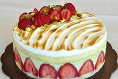 Gourmet Baking: Frasier with Pistachio Creme Mousseline No Bake Treats, Pistachio, Birthdays, Fondant, Patisserie, Cake Decorating, Mousse, Holiday Recipes, Space