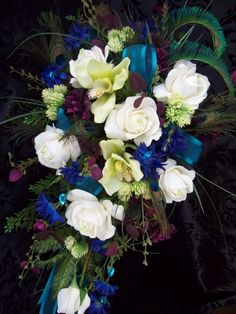 Without the actual feathers. And ivory instead of white Peacock Wedding Flowers, Flower Bouquet Wedding, Floral Flowers, Bridal Bouquets, Green Orchid, Blue Orchids, Green Rose, Jewel Tone Wedding, Green Wedding