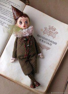 Buy OOAK Art doll sad clown Louis on Livemaster online shop Bjd Dolls, Doll Toys, Pierrot Clown, Indian Dolls, Polymer Clay Dolls, Cute Dolls, Fabric Dolls, Beautiful Dolls, Crochet Toys