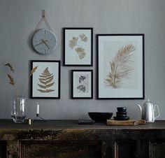 Rammer på væg behøver ikke altid være noget særligt. Enkelthed er en dyd. Mix med andre ting, som f.eks. et ur.