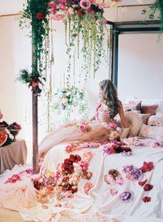 How stunning is this: http://www.stylemepretty.com/2015/02/18/high-fashion-russian-wedding/   Photography: Lena Kozhina - http://lenakozhina.com/