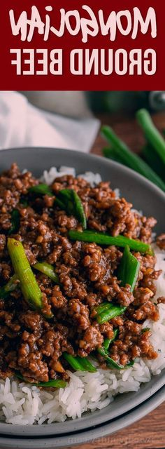 Mongolian Ground Beef Recipe  Beef Recipes YUM! This super easy Mongolian Ground Beef Recipe is just like classic Mongolian Beef, except uses hamburger so it's ready in about 15 minutes! Korean Ground Beef, Korean Beef, Ground Beef And Broccoli, Broccoli Beef, Beef Recipe Video, Ground Beef Recipes Easy, Mongolian Beef, Beef And Rice, Gordon Ramsey