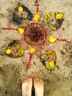 beach mandala EARTH OFFERING, land art, rooted shall be https://etsy.com/shop/MagicalWildCrafting http://leililaloo.tumblr.com/  https://www.facebook.com/magicalwildcrafting