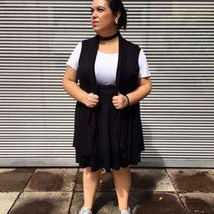 Look urbano pra esse sábado! Gostaram?  📸 by @jairsouth   #urban #lookdadaphne #lookdodia #ootd #outfitoftheday #moda #fashion #blogueirademoda #fashionblogger #blogdemoda #fashionblog  #fashionstyle #fashionista #streetstyle #fashionblog #styleblogger #fashionlove #blogger #blogueira #style #estilo #rsbloggers #lifeasdaphne