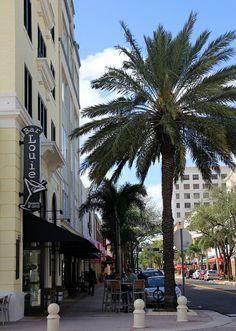 20130130_25 USA FL West Palm Beach Clematis Street | Flickr - Photo Sharing!