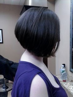 Angled bob Hair done by Katie Smi at Mariposa studio....I wonder if I could pull that style off. I love the way it looks on other people.