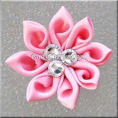 Ribbon Embroidery For Beginners Pink Kanzashi Hair Bow - Ribbon Art, Ribbon Crafts, Fabric Ribbon, Flower Crafts, Ribbon Bows, Ribbons, Cloth Flowers, Satin Flowers, Fabric Flowers