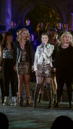 The Bellas are back together one last time to make some music.- The Bellas are back together one last time to make some music. Pitch Perfect Chloe, Anna Kendrick Pitch Perfect, Pitch Perfect Movie, Perfect Gif, Pitch Perfect Quotes, Movies Showing, Movies And Tv Shows, Emperors New Groove, Gilmore Girls