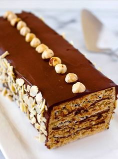 Out of this world -Hazelnut-Almond Dacquoise