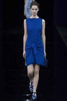 http://www.vogue.co.uk/fashion/spring-summer-2015/ready-to-wear/emporio-armani/full-length-photos/gallery/1249084
