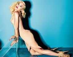 Gwen Stefani in Elle UK. The editorial is amazing! Ain't she just the IT girl