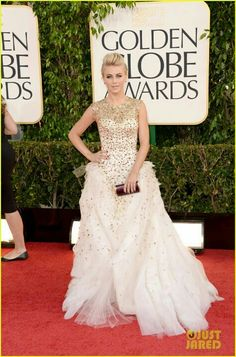 2013 Golden Globes Best Dressed--Julianne Hough--this was one of my faves! Love the gold sparkle, the princess-meets-tough look, and the edgy hairdo!
