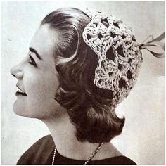 Hellehilkka heinäkuun 1955 kotiliedessä #kotiliesi #1955 #kesä #helle #virkkaus #crochet #vintage #nostalgia #käsityö Crochet Clothes, Nostalgia, Crochet Necklace, Band, Instagram Posts, Accessories, Vintage, Jewelry, Fashion