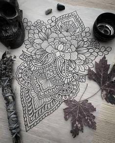 Back Tattoo Women, Back Tattoos, Future Tattoos, Rose Tattoos, Sexy Tattoos, Body Art Tattoos, Sleeve Tattoos, Back Piece Tattoo, Traditional Tattoo Flowers