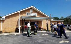 Atirador deixa 1 morto e 7 feridos em igreja dos Estados Unidos