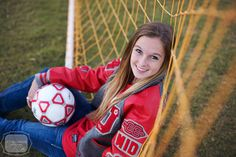 Victoria Caroline Photography! #Soccer #Senior #Photography | #Senior #Pictures