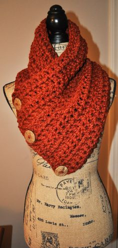 I love the color of this scarf @Etsy - it looks so warm and cozy! Chunky Crochet Neck Cowl
