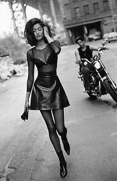 Vogue uk by sante d'orazio, 1991 aesthetics in 2019 haine, p 90s Fashion, Runway Fashion, High Fashion, Vintage Fashion, Fashion Outfits, Womens Fashion, Vogue Fashion, Couture Fashion, Fashion Rings