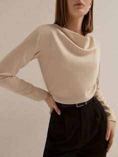 Cute Casual Outfits, Chic Outfits, Fashion Outfits, Look Dark, Fashion Looks, Blouse Outfit, Online Fashion Stores, Minimalist Fashion, Aesthetic Clothes