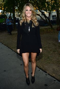 Your Guide For Getting Legs Like Carrie Underwood