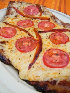 Matambre a la Pizza    (this is not what you think - for this pizza the meat IS the crust)