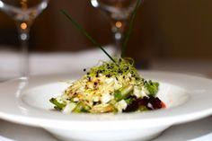Restaurante Palacio Carvajal Girón, Hotel con encanto en Plasencia - Comer bien en Plasencia - ensalada-fresca-con-queso-de-cabra-y-vinagreta -