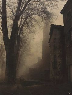 There is something eerie and menacing about this untitled painting by Félix Thiollier ca Arte Obscura, Dark Photography, Artistic Photography, Dark Places, Belle Photo, Dark Art, Mists, Creepy, Scenery