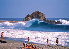Many fisherman would swim to the large rock to fish .and would ONLY be thrown off by the big waves Best California Beaches, Wonderful Places, Beautiful Places, Treasure Island Beach, I Love The Beach, Big Waves, Laguna Beach, Home And Away, Orange County