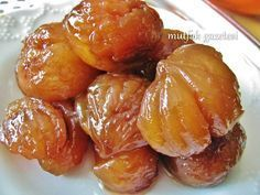 simple recipe for chestnut sugar – Yummy Recipes Healthy Desserts, Easy Desserts, Dessert Recipes, Turkish Sweets, Turkish Dessert, Superfood, Good Food, Yummy Food, Wie Macht Man