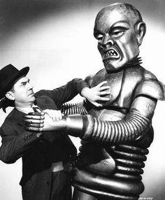 Béla Lugosi as Dr. Alex Zorka in The Phantom Creeps c. 1939