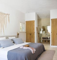 Interior design and exterior design country house in Ibiza. A restored country house where the essence of the rustic and mediterranean style you can feel it Casa Hotel, Hotel Ibiza, Ibiza Style Interior, Interior Design, Bedroom Closet Design, Bedroom Decor, La Croix Valmer, Tadelakt, Rustic Bathrooms