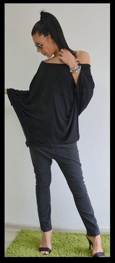 Soft Oversize black top/Extravagant black by ClothesByLockerRoom